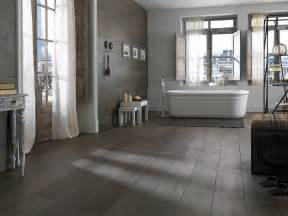 wood looking tile in bathroom bathroom tile wood look home decorating ideas