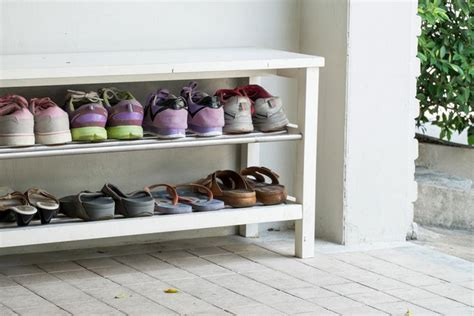 Shoe Rack Planter by Creative Ways On How To Use Abandoned Pallets At Home
