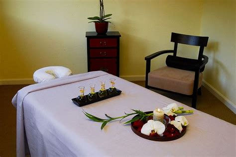 esthetician treatment room stein eriksen lodge adds 115 best images about massage room ideas on pinterest