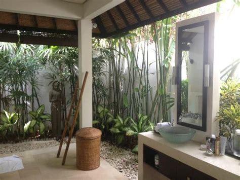Shower Bath Door salle de bain exterieur sublissime photo de villa bali