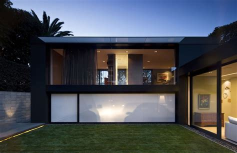 a dialog between environments city house in auckland by