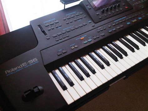 piano organ roland  keyboard  sold     jul    rb