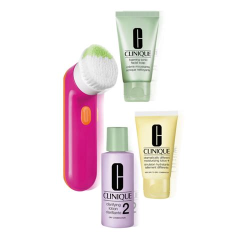 Clinique 3 Step clinique 3 step skin care system 2 brush gift set