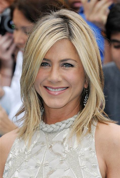 Anniston Hairstyles by Aniston S Hairstyles Hair Evolution Today
