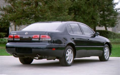 1994 lexus gs 300 rear view photo 3