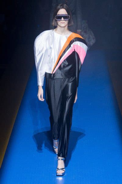 Fashion News Weekly Websnob Up Bag Bliss 3 by Show Review Gucci 2018 Fashion Bomb Daily Style