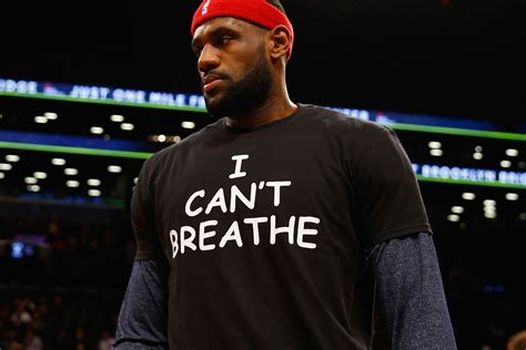 Kaos T Shirt Lebron I Can T Breathe lebron wears an i can t breathe shirt at barclays center