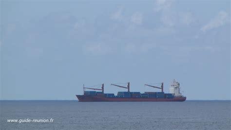 catamaran cruise line reunion maurice guide r 233 union transport maritime le port