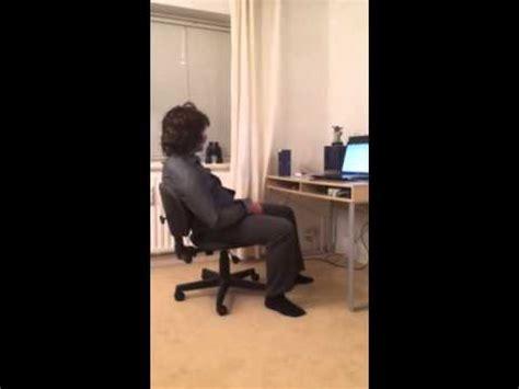 Stuhl Quietscht der stuhl quietscht