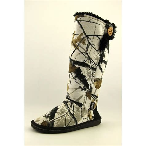 snow camo boots muk luks camo snow boots womens size 9 white winter boots