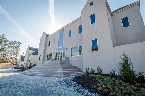 akon house akon lists alpharetta home for nearly 7 million curbed atlanta