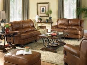 Leather Furniture Living Room Ideas Brown Leather Sofa Decorating Ideas Iinterior Design For A Living Room With A Fireplace