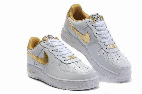 Shoes Sport Nike Air One Putih Gold Casual Cewek retail mens nike air one 07 low casual shoes