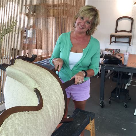 upholstery classes online upholstery club by shelly miller leer