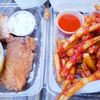 bed stuy fish fry schermerhorn bed stuy fish fry 46 photos 93 reviews fish chips