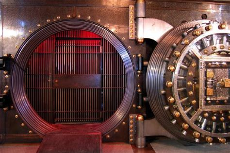 switzerland bank secrecy swiss banking secrecy still in in 2016 find out why