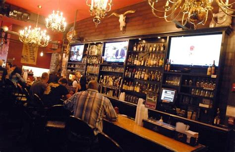 beer house lombard lombard s brauer house aims for beer and music fans alike dailyherald com