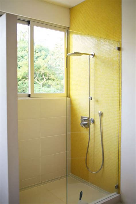 Yellow Tile Bathroom Ideas by 33 Yellow And White Bathroom Tiles Ideas And Pictures