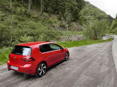 Volkswagen R Gti by 28 2018 Golf R Golf Gti Sportprojections