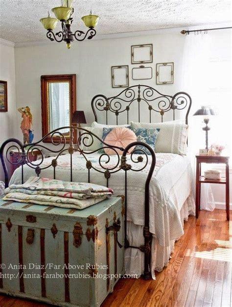 vintage country bedroom ideas best 25 vintage beds ideas on pinterest vintage bed