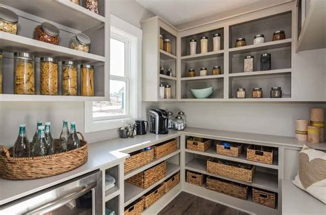 clever ideas   organize  kitchen pantry