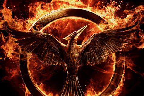 hunger games mockingjay themes how does the mockingjay book end a quick summary before