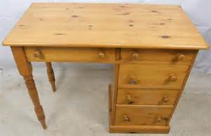 Small Pine Desk Small Pine Desk With Storage Drawers