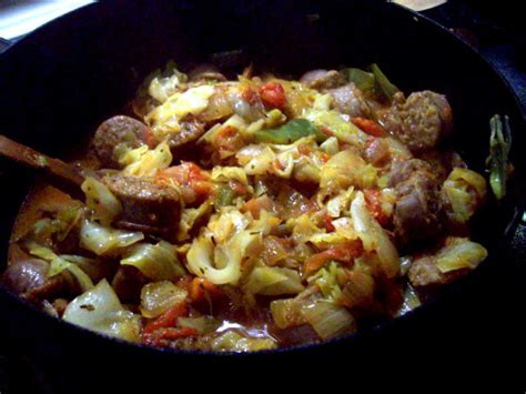 bratwurst and cabbage beer bratwurst and cabbage recipe food