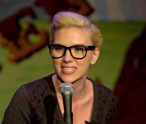 hairstyles for oval face with glasses hairstyles for oval faces with glasses celebrity