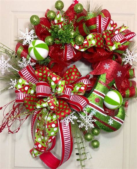 Elegant Christmas Centerpiece Ideas - 27 creative christmas wreath ideas 2017 uk