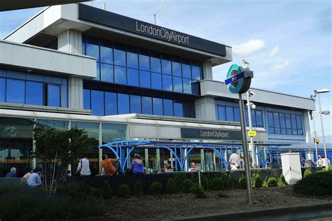 Expanding Table Plans by New London Mayor Clears Way For City Airport Expansion Skift