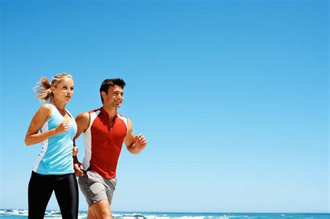 Couples Do Running Engaged Marriage
