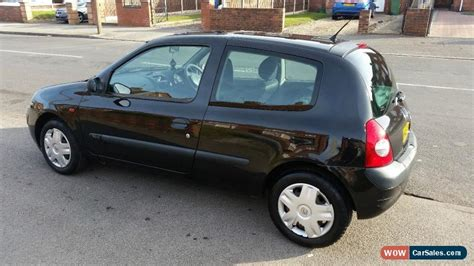 renault clio 2002 black 2002 renault clio expression 16v for sale in united kingdom