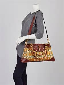 Gucci Pop Bamboo Top Handle Bag by Gucci Pineapple Print Canvas Bamboo Pop Bamboo Top Handle