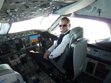 Mba Aerospace Engineering by Meeting With Abdelkarim Taissir Airline Pilot For Royal
