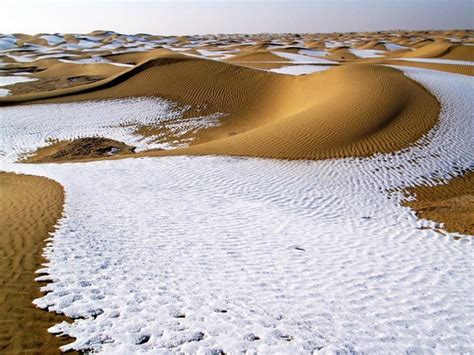 snow in desert the world geography beautiful unusual desert images