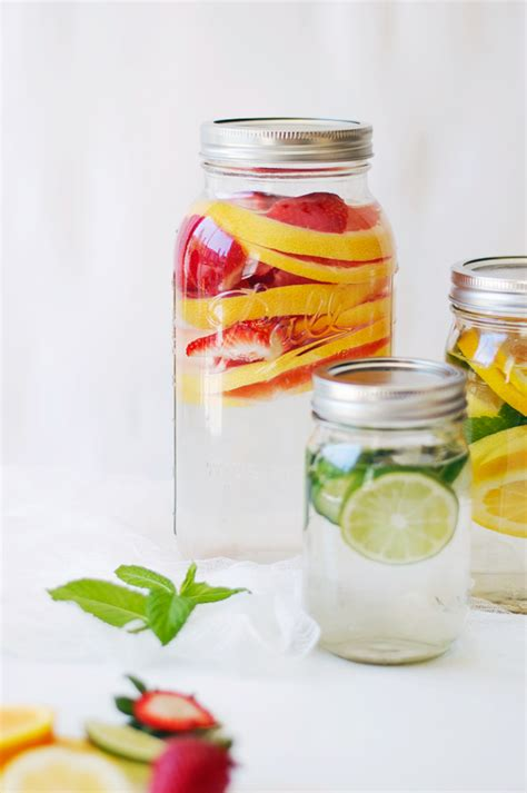 Orange Mint Detox Water by The Wiegands Slimming Detox Water