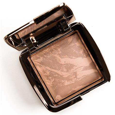 hourglass ambient lighting bronzer diffused bronze light hourglass bronze light diffused bronze light