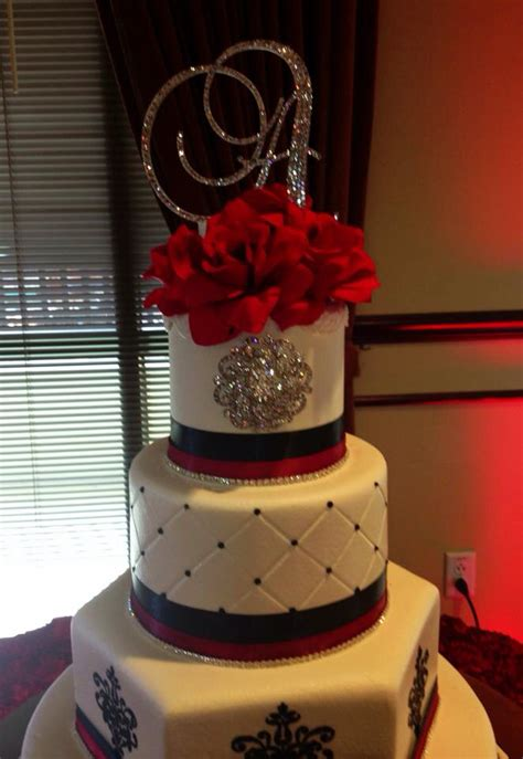 black white with red sweet 15 birthday cake b day cakes cupcakes yummy treats pinterest