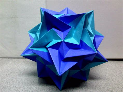 origami kusudama violet light blue kusudama paradigma by