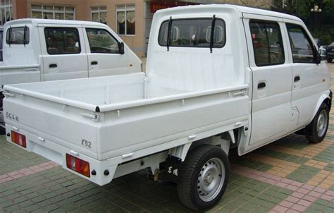 rental trucks cheap 25 best ideas about cheapest moving truck on