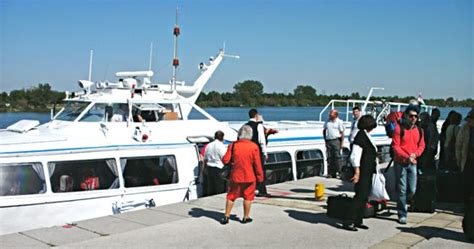 boat service vienna to budapest hydrofoil vienna budapest review and alternatives