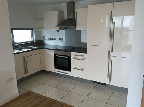 1 bedroom flat to rent romford 1 bed flat to rent mercury gardens romford rm1 3hf