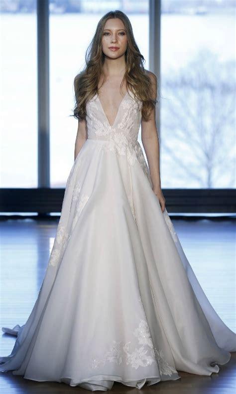 imagenes vestidos de novia escote v tendencias 2017 escote en pico vs de hombros ca 237 dos