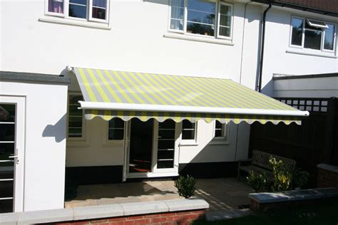 Manual Awnings by Markilux 990 Manual Patio Awning Kover It