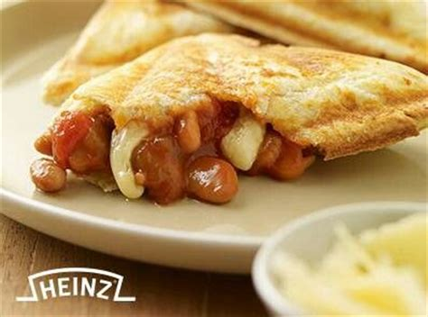 Heinz Cheesy Veg Pasta the jaffle with heinz baked beans and cheese yum