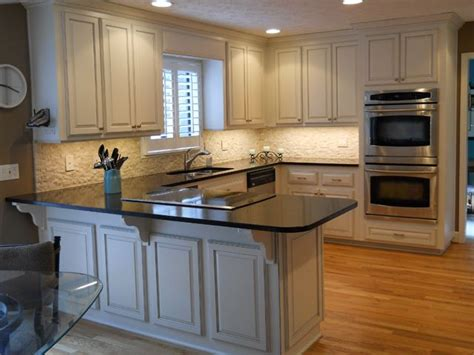 kitchen cabinet refacing ideas pictures best 25 refacing kitchen cabinets ideas on