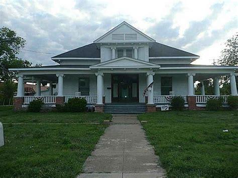prairie farmhouse sala architects home pinterest 17 best images about architecture farmhouse prairie