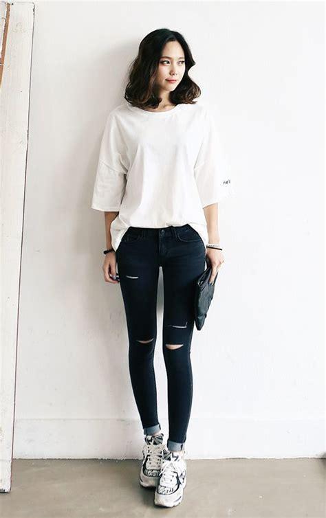 Baju Atasan Model Kaos Islami Yuk Tobat Trendy Fashionable 8 ide berpakaian khas cewek korea bisa ditiru karena lucu dan sama sekali nggak terbuka