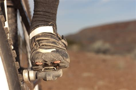 mountain bike clip in pedals and shoes 15 best mountain bike shoes reviewed in 2018 nicershoes